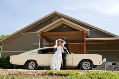 Blue Sage Barn, Wedding couple and Challenger car